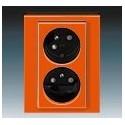 Zás. dvojnásobná s ochr. kolíky, s clonkami, s natoč. dutinou oranžová/kouřová černá ABB Levit 5513H-C02357 66